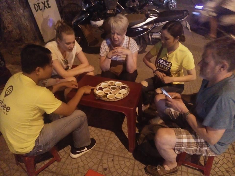 eat-food-street