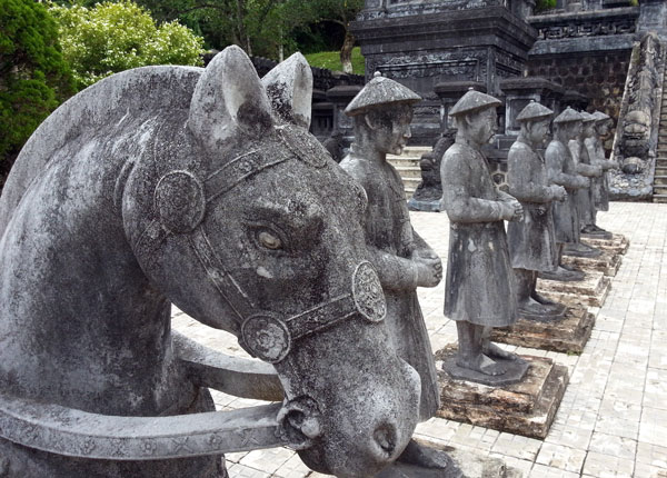 Honour-guard-at-the-Tomb-of-Khai-Dinh