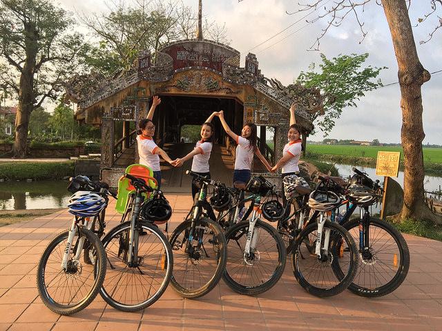 thanh toan bike tour hue smile