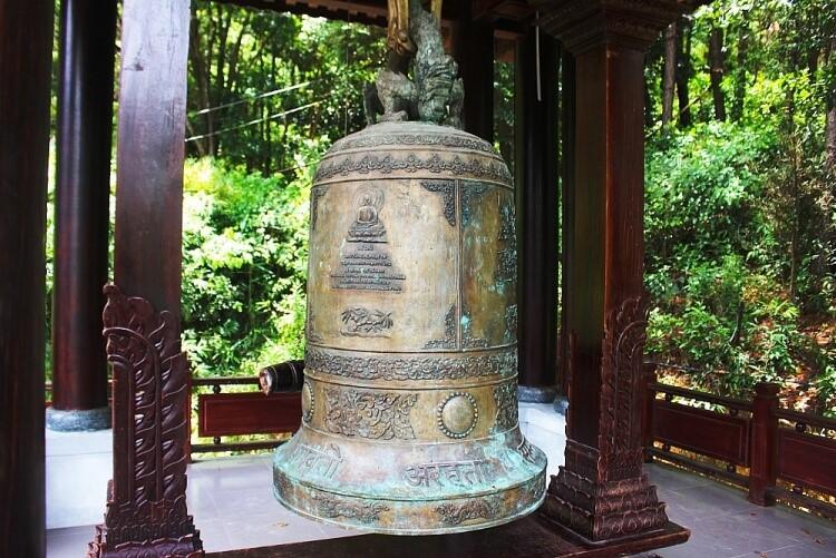 huyen-khong-son-thuong-pagoda-3