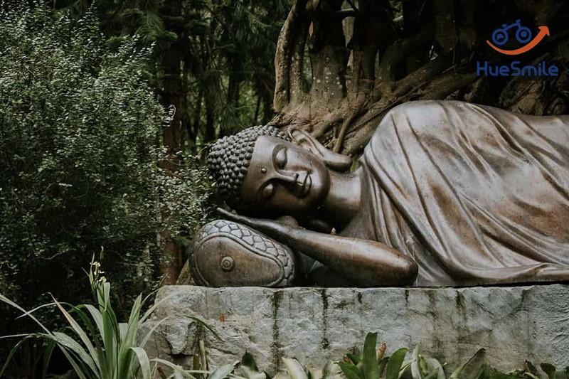 huyen-khong-son-thuong-pagoda